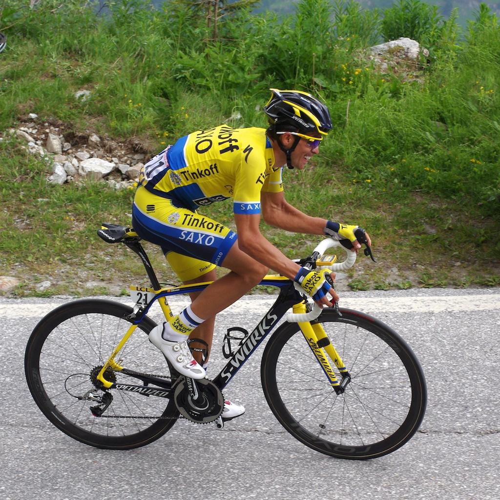 Alberto Contador de retour sur les routes valaisannes