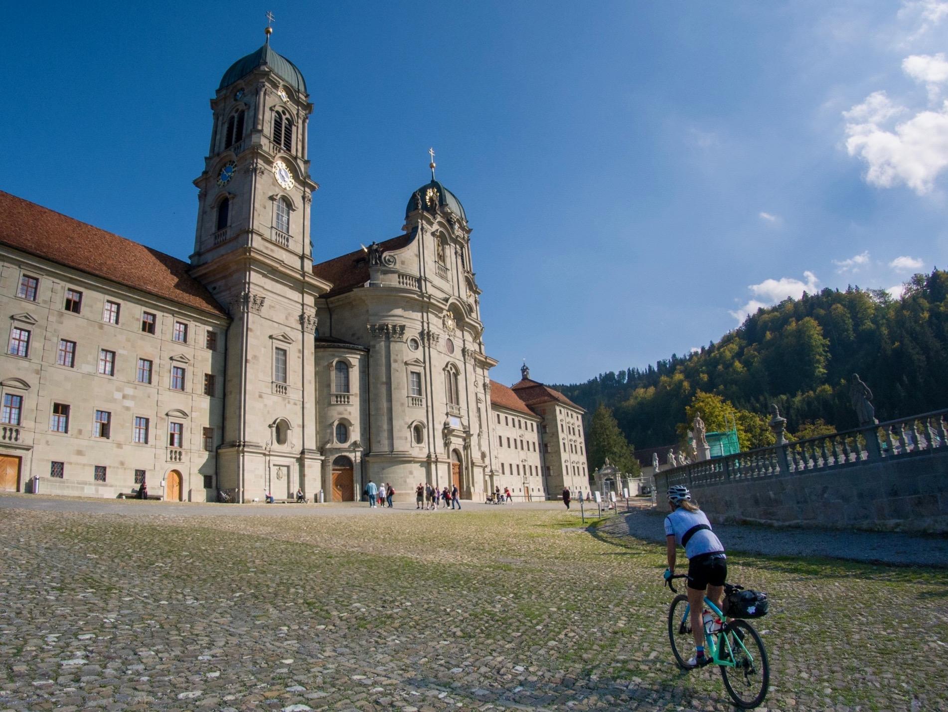 Innerschweiz Gravel Tour: Glarus – Einsiedeln par le Pragelpass